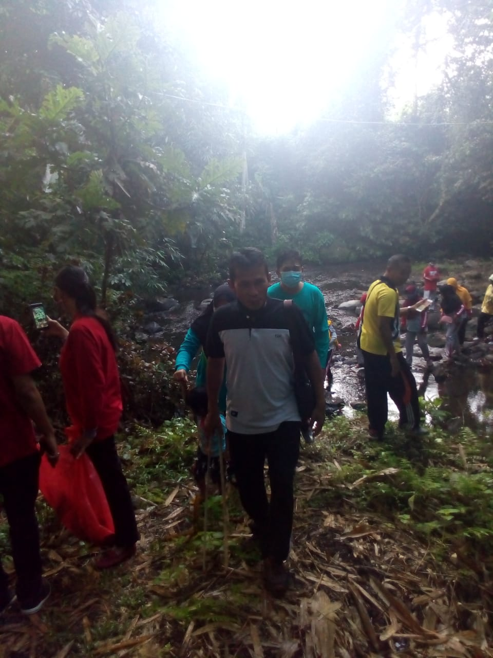 Giat Susur Sungai Desa Ranulogong Kec Randuagung